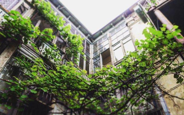 Отель Hostel FreeStyle Грузия, Тбилиси - отзывы, цены и фото номеров - забронировать отель Hostel FreeStyle онлайн вид на фасад