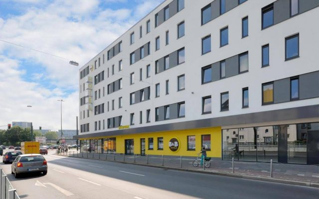 B&B Hotel Dusseldorf - Hbf вид на фасад