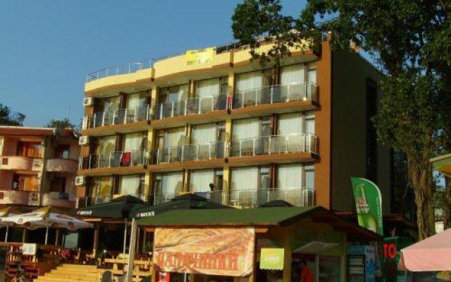 Family Hotel Teos вид на фасад