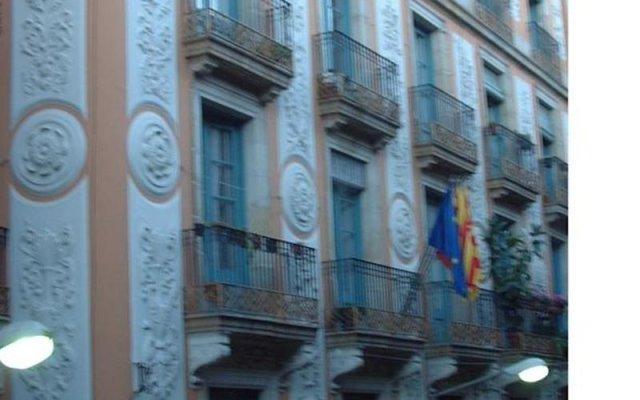 Alba Hotel Барселона вид на фасад