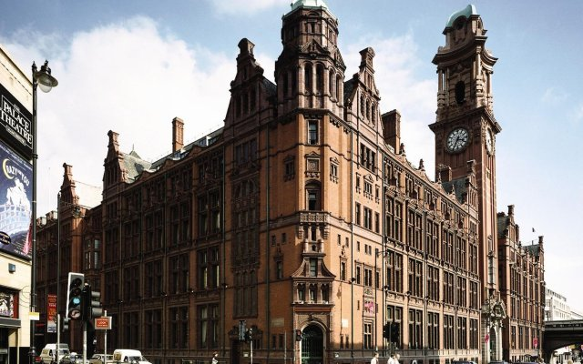 Отель The Principal Manchester вид на фасад