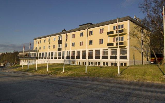 Отель Rica Hotel Kirkenes Норвегия, Киркенес - отзывы, цены и фото номеров - забронировать отель Rica Hotel Kirkenes онлайн вид на фасад