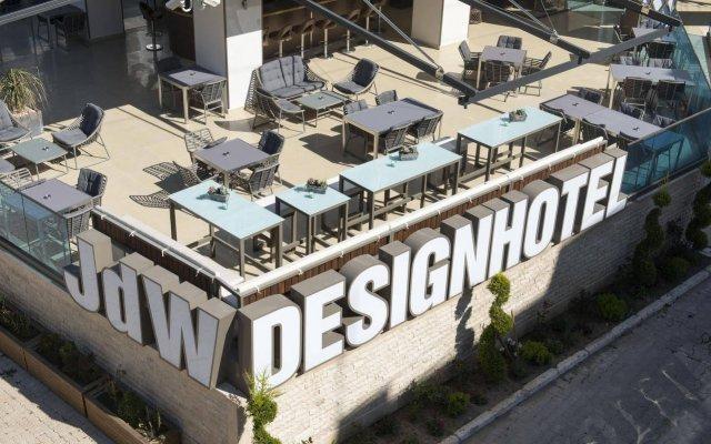 JDW Design Hotel вид на фасад