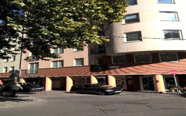 Отель Boulevard City Pension and Apartments Венгрия, Будапешт - отзывы, цены и фото номеров - забронировать отель Boulevard City Pension and Apartments онлайн парковка
