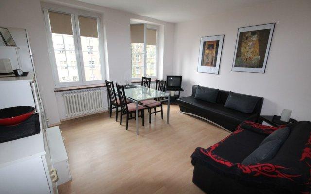 Отель Apartamenty Gdansk - Apartament Ducha II комната для гостей