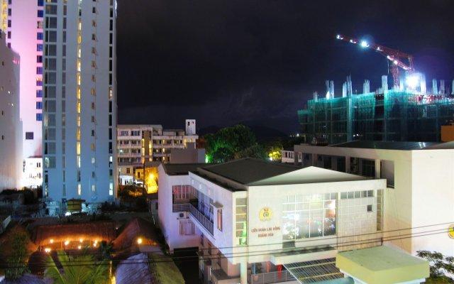Bao Long Hotel вид на фасад