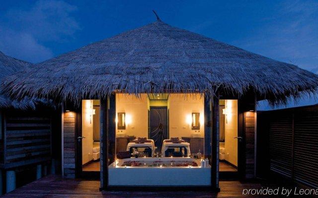 Отель Coco Bodu Hithi Мальдивы, Остров Гасфинолу - отзывы, цены и фото номеров - забронировать отель Coco Bodu Hithi онлайн вид на фасад