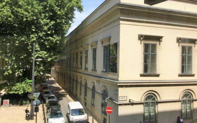 Отель Danubius Hotel Erzsébet City Center Венгрия, Будапешт - 6 отзывов об отеле, цены и фото номеров - забронировать отель Danubius Hotel Erzsébet City Center онлайн вид на фасад