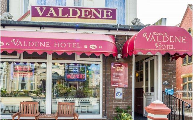 Valdene Hotel вид на фасад