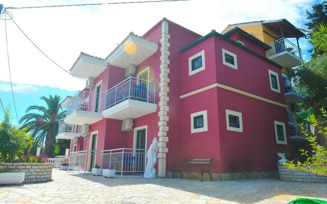 Апартаменты Kerkyra Apartments вид на фасад