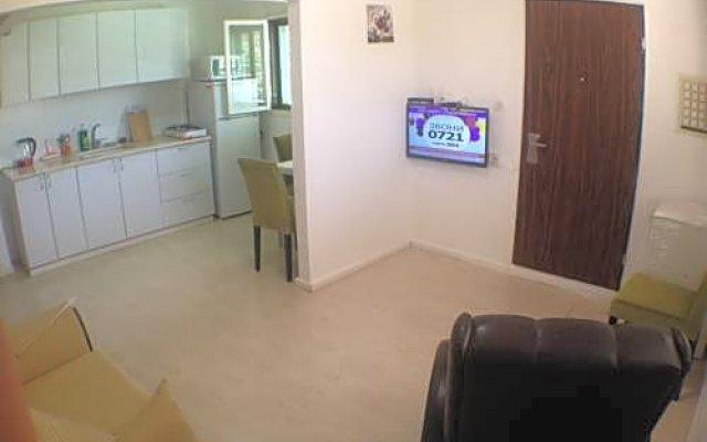 Arendaizrail Apartments -Hagolan Street Израиль, Тель-Авив - отзывы, цены и фото номеров - забронировать отель Arendaizrail Apartments -Hagolan Street онлайн комната для гостей