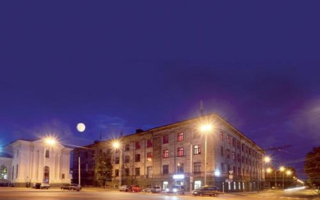 5 Euro Hostel Vilnius Вильнюс вид на фасад