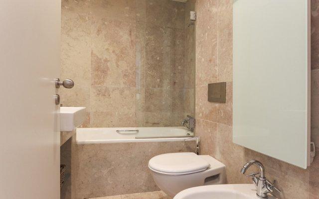 Отель Downtown Chiado By Homing Лиссабон ванная