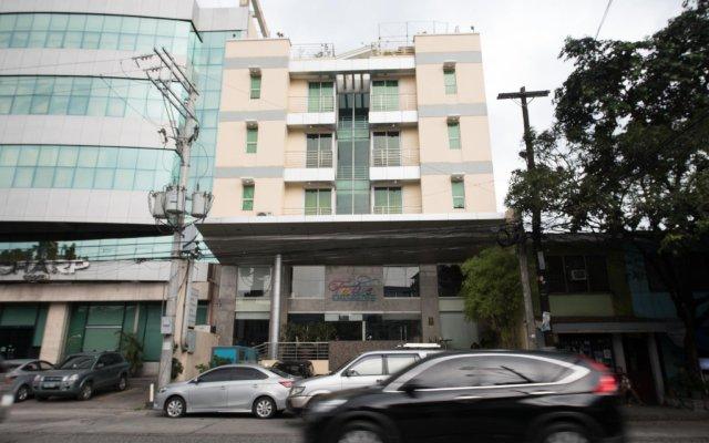 Отель Alejandra Hotel Филиппины, Макати - отзывы, цены и фото номеров - забронировать отель Alejandra Hotel онлайн вид на фасад