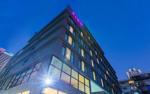 Отель Glow Sukhumvit 5 By Centropolis Бангкок вид на фасад