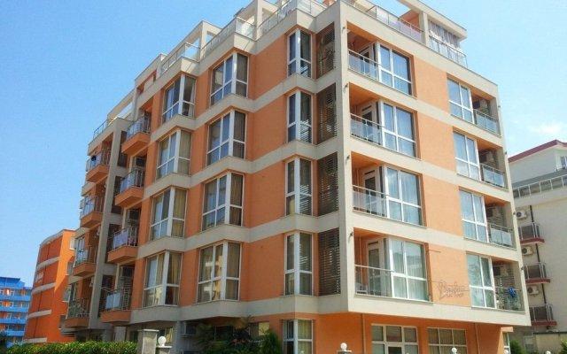 Hotel Darius Солнечный берег вид на фасад