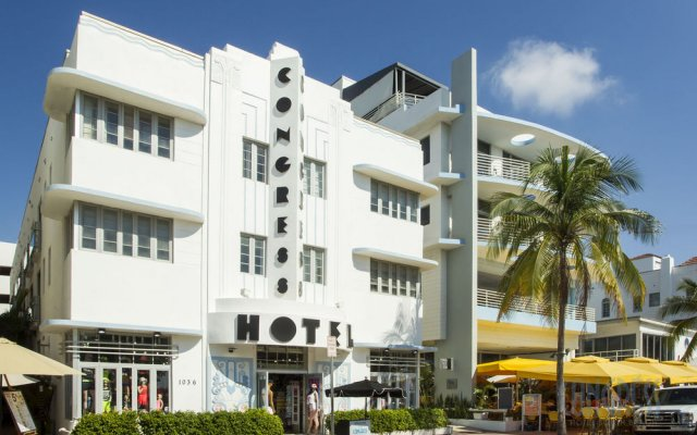Suites At The Strand In Miami Beach