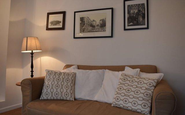 Апартаменты Charming Apartment Near Le Marais комната для гостей
