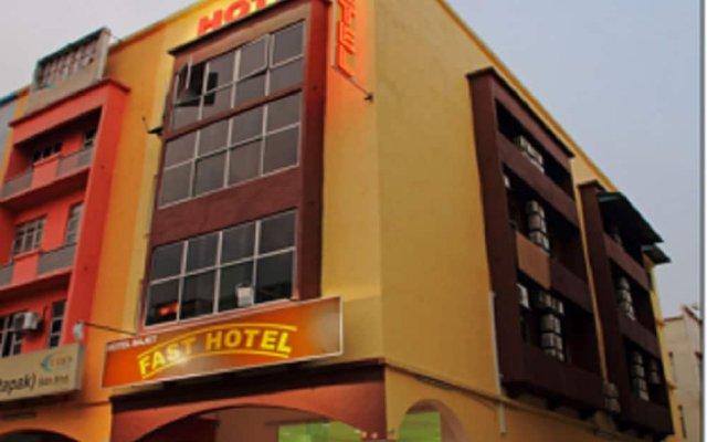 Отель OYO 271 Fast Hotel Setapak Малайзия, Куала-Лумпур - отзывы, цены и фото номеров - забронировать отель OYO 271 Fast Hotel Setapak онлайн вид на фасад