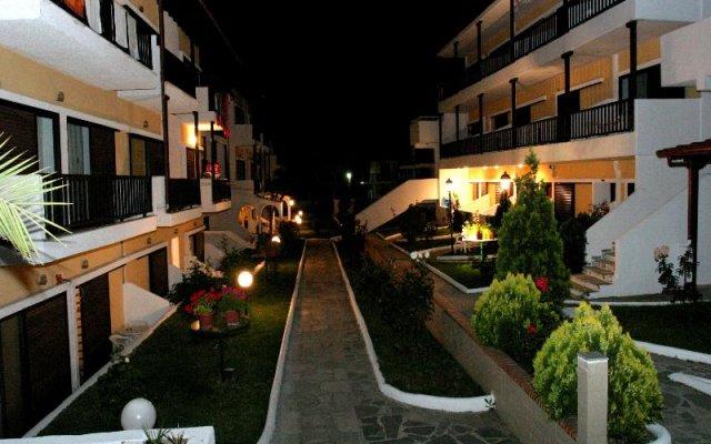 Отель Ioli Village Греция, Пефкохори - отзывы, цены и фото номеров - забронировать отель Ioli Village онлайн вид на фасад
