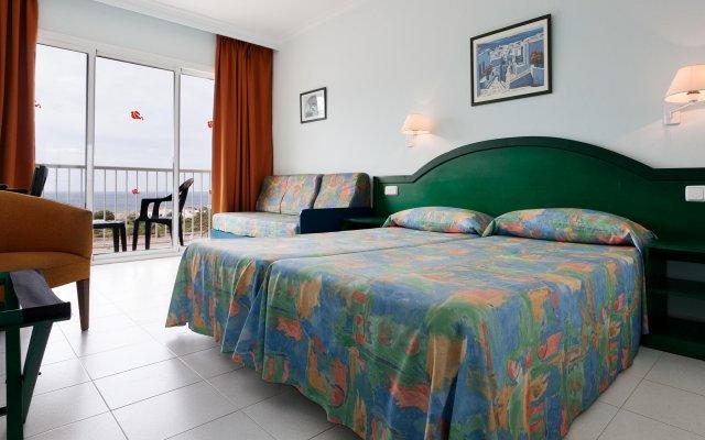 Hotel Club Sur Menorca Сан-Луис комната для гостей