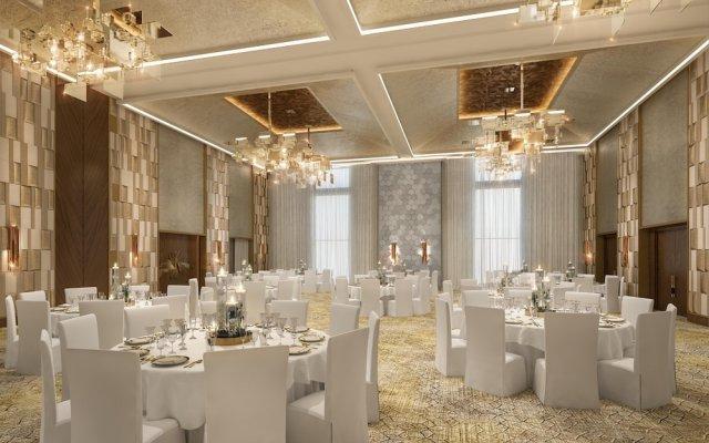 Holiday Inn Dubai Al-Maktoum Airport, an IHG Hotel