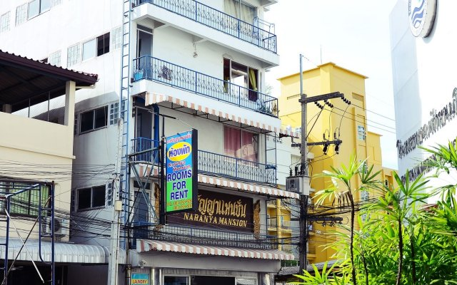 Отель Naranya Mansion Паттайя вид на фасад