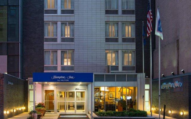 Отель Hampton Inn Madison Square Garden Area Hotel США, Нью-Йорк - 1 отзыв об отеле, цены и фото номеров - забронировать отель Hampton Inn Madison Square Garden Area Hotel онлайн вид на фасад