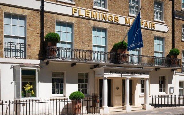 Отель Flemings Mayfair вид на фасад