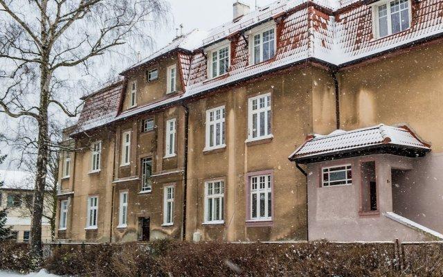 Отель Sopot Sleeps Haffnera 70 Сопот вид на фасад