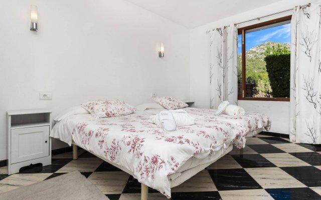Отель Es Torrent комната для гостей