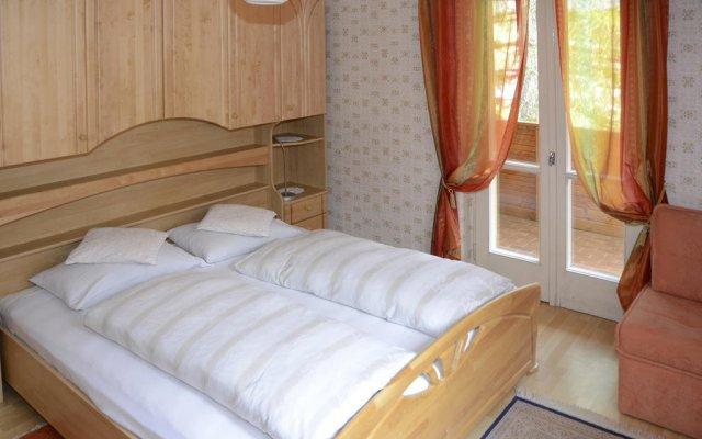 Отель Alpenhotel Penserhof / Restaurant / Café Сарентино комната для гостей
