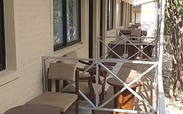 Отель Taj Riverside Resort and Adventure Непал, Катманду - отзывы, цены и фото номеров - забронировать отель Taj Riverside Resort and Adventure онлайн вид на фасад