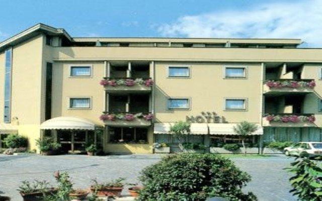 Hotel Santa Maura вид на фасад