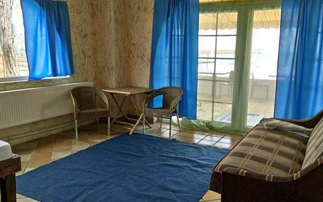 Отель Savanna Одесса комната для гостей