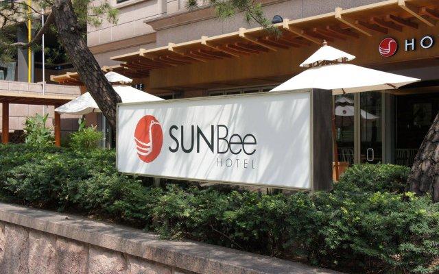 Sunbee Hotel вид на фасад