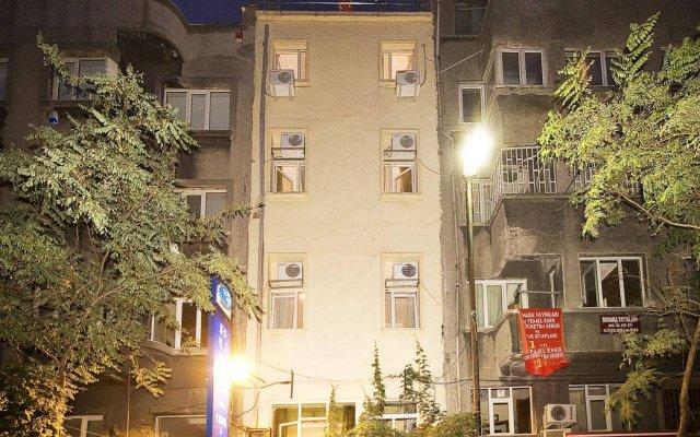 Meddusa Hotel Турция, Стамбул - 3 отзыва об отеле, цены и фото номеров - забронировать отель Meddusa Hotel онлайн вид на фасад