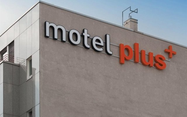 Отель Motel Plus Berlin вид на фасад