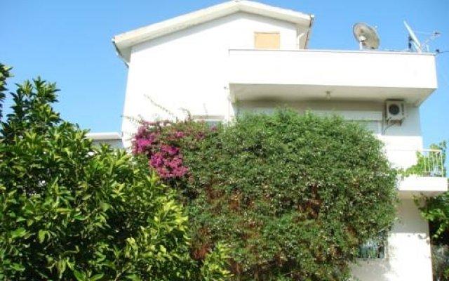 Отель Antalya Farm House вид на фасад