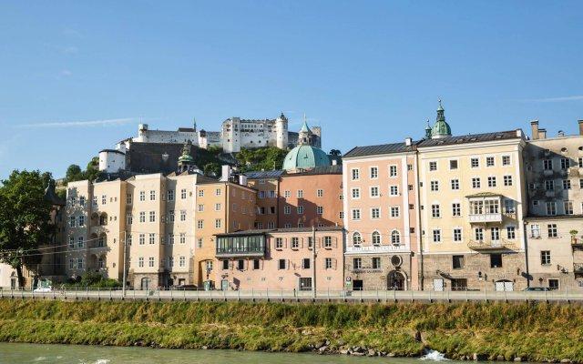 Отель Altstadt Radisson Blu Австрия, Зальцбург - 1 отзыв об отеле, цены и фото номеров - забронировать отель Altstadt Radisson Blu онлайн вид на фасад