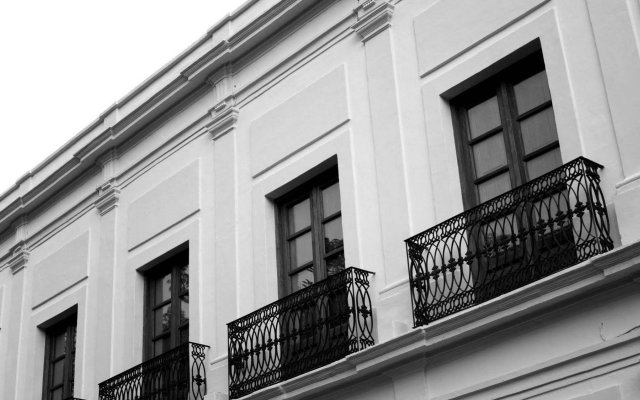 Del Carmen Concept Hotel Гвадалахара вид на фасад