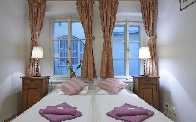 Отель Golden Apple Apartments Чехия, Прага - отзывы, цены и фото номеров - забронировать отель Golden Apple Apartments онлайн комната для гостей
