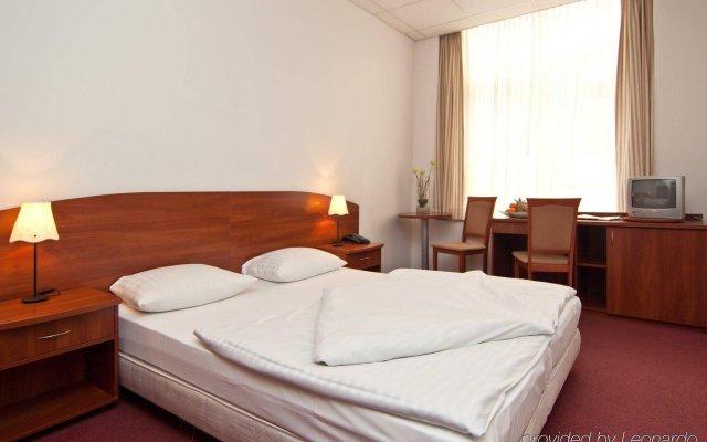 Отель Novum Hotel Hamburg Stadtzentrum Германия, Гамбург - 6 отзывов об отеле, цены и фото номеров - забронировать отель Novum Hotel Hamburg Stadtzentrum онлайн комната для гостей
