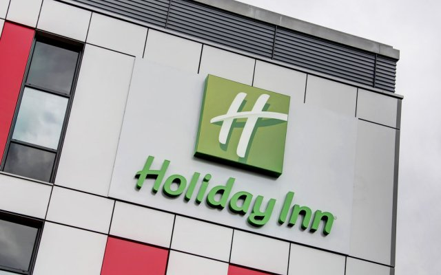 Отель Holiday Inn London - Luton Airport вид на фасад