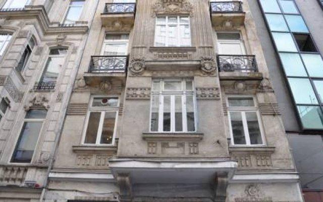 Отель Tresuites Istanbul Стамбул вид на фасад