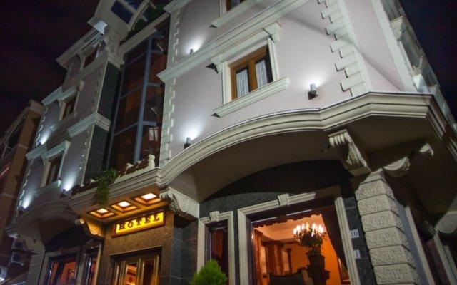 Отель Brilant Antik Hotel Албания, Тирана - отзывы, цены и фото номеров - забронировать отель Brilant Antik Hotel онлайн вид на фасад