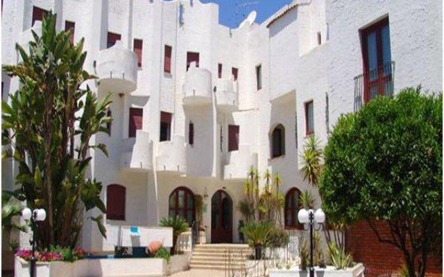 Отель Assinos Palace Джардини Наксос вид на фасад