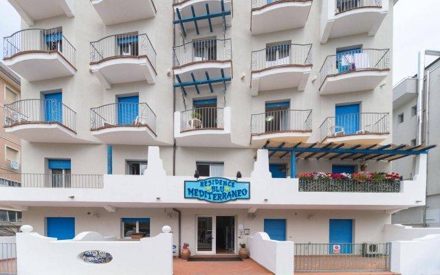 Отель Residence Blu Mediterraneo Римини вид на фасад
