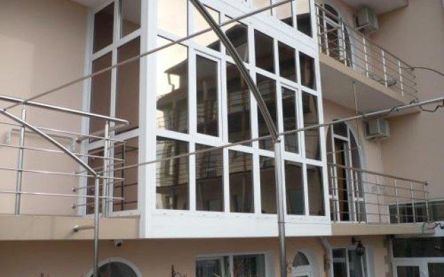 Гостиница Inn Pallada в Сочи отзывы, цены и фото номеров - забронировать гостиницу Inn Pallada онлайн вид на фасад