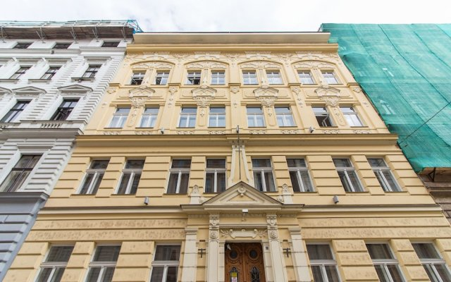 Отель Melnicka Flat Прага вид на фасад